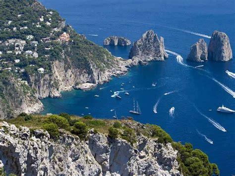 spasso  capri turismo itinerante idee  viaggio