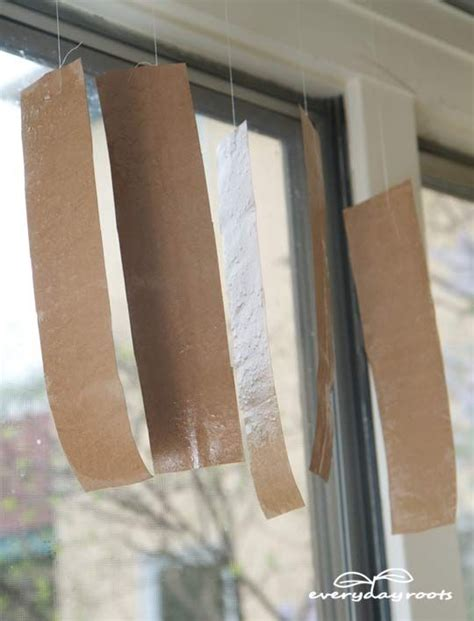How To Make Sticky Fly Paper - get rid of flies with sticky fly paper