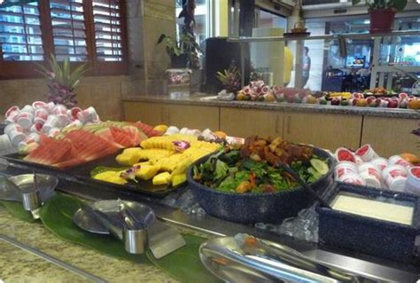 embassy suites breakfast buffet hotel review embassy suites waikiki walk