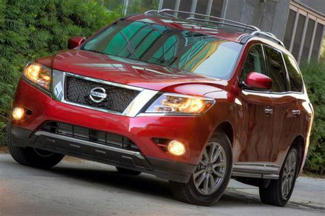 2016 nissan pathfinder 2016 nissan pathfinder suv pricing for sale edmunds