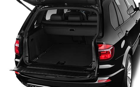 maserati levante trunk comparison bmw x5 m 2017 vs maserati levante s 2017
