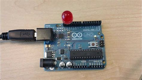 arduino tutorial blinking led arduino lesson 1 blinking an led doovi