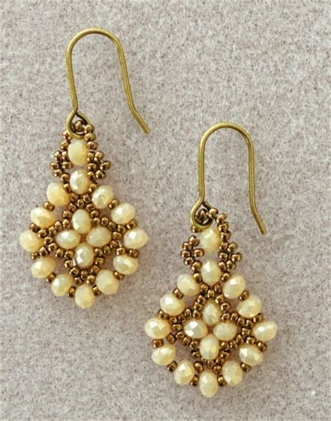 how to bead earrings easy pretty beaded earrings you ve got to make the