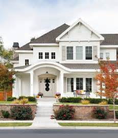 house exteriors best 25 white exterior houses ideas on white
