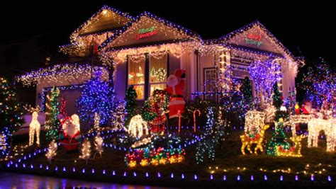 neighborhoods with the best holiday lights in the bay area
