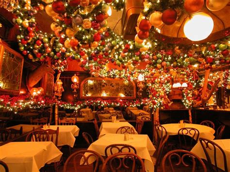 where do you get best christmas decorations what new york restaurants the best decor