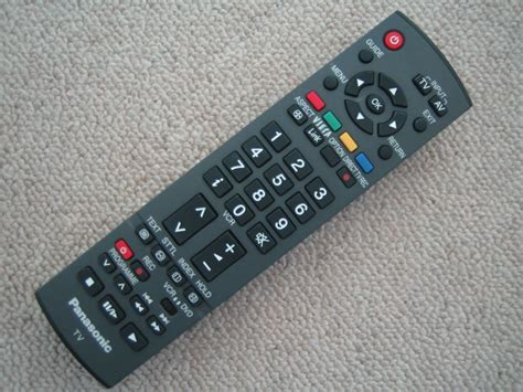 Remot Tv Panasonic genuine panasonic lcd tv remote eur7651110 viera link