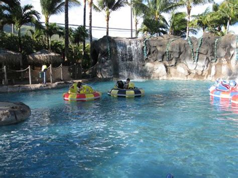bumper boats maui things to do in maui with kids plus family fun activities