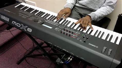 Keyboard Yamaha Mox8 yamaha mox8 freestyle