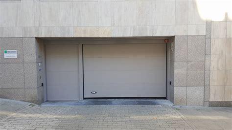 Automatisation Porte Garage by Montage Et Motorisation Porte De Garage Professionnelle