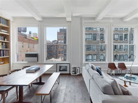 Appartments In New York City - inside a minimalist new york city apartment filled with