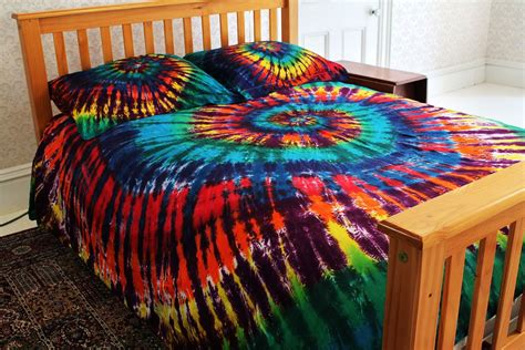 tie dye bedroom amazon com 300tc duvet cover set extreme rainbow