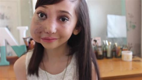 girl face pre millions love this preteen beauty vlogger with a facial