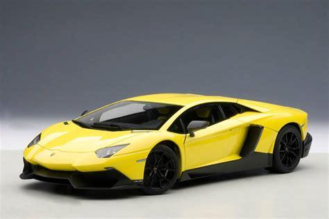 yellow lamborghini aventador lp700 4 6v autoart lamborghini aventador lp700 4 50th anniversary ed