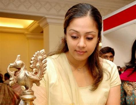 jyothika hairstyle march 2014 online new tamil songs
