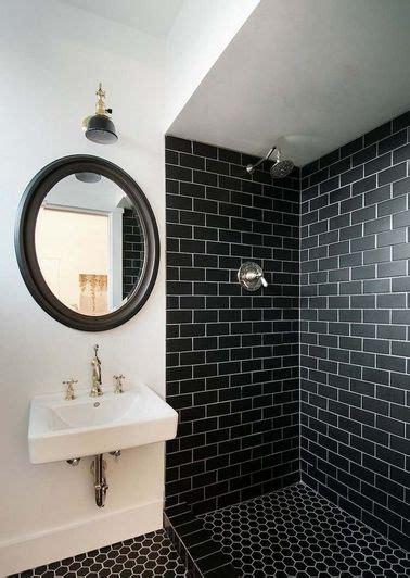 Charmant Peindre Un Plafond En Blanc Mat #4: Carrelage-metro-noir-mat-sur-murs-douche.jpg