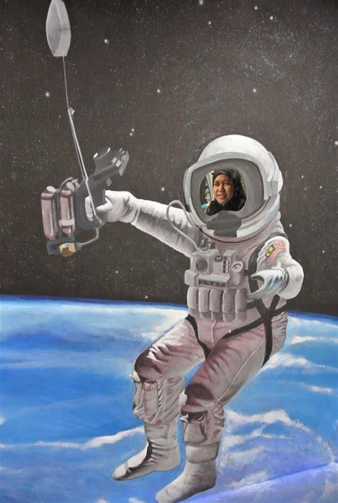 gambar angkasawan  tak berapa menjadi hihi