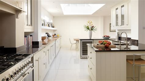 Shaker Kitchen Diner In Shaded White From Harvey Jones