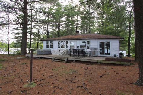 Cottage Real Estate Eastern Ontario by Peterborough Kawarthas Waterfront Real Estate