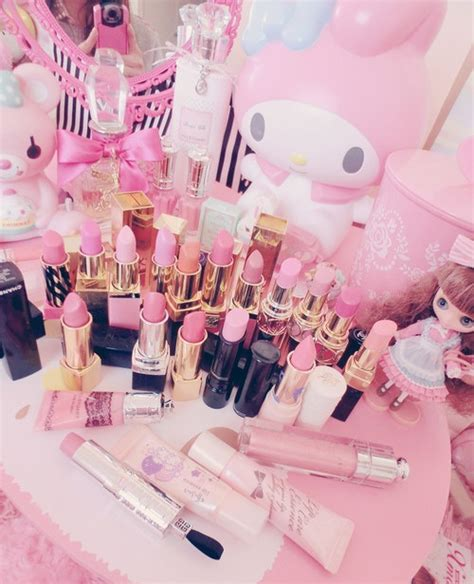 girly makeup wallpaper girly makeup backgrounds tumblr www imgkid com the