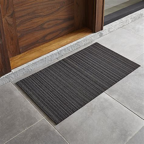 Chilewich Doormat chilewich 174 steel 20 quot x36 quot doormat crate and barrel