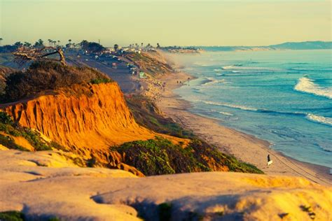 Narrow Lot Houses North Ponto Beach Carlsbad Ca California Beaches