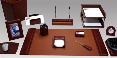 must desk accessories 4 must executive desk accessories for organizing