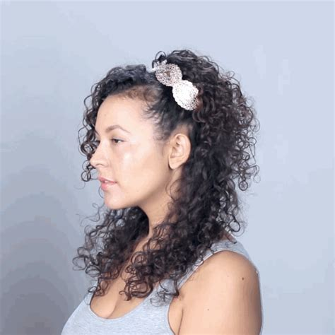 cute hairstyles buzzfeed 10 hairstyles for curly hair you need to try asap