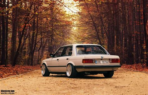 bmw e30 slammed the amazo effect slammed bmw e30 autumn lows