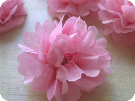 How To Make A Small Tissue Paper Flower - this is me tutorial 2 diy crafts
