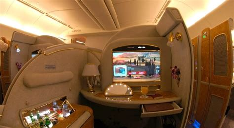 emirates cabin windows 8 flying high as emirates to deploy 1000 tablets