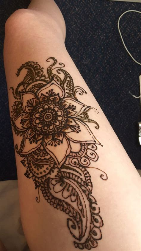 tattoos on your thigh design 25 best ideas about leg henna on henna leg