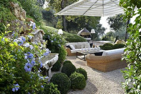 pea gravel patio garden ideas