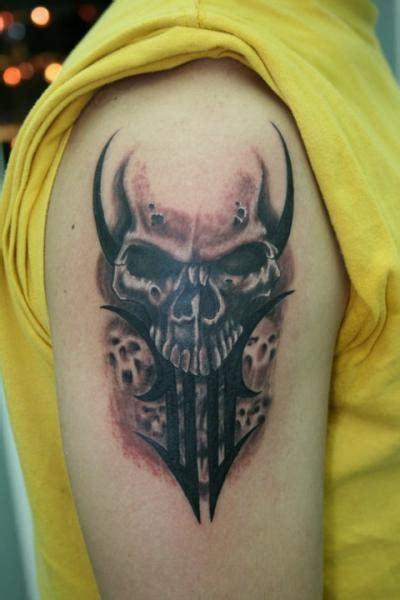 tattoo shoulder skull shoulder skull tattoo by amor de madre