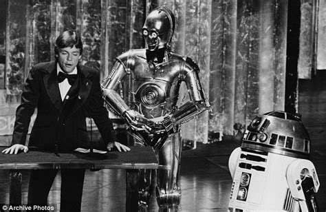 anthony daniels death kenny baker who portrayed star wars r2 d2 is dead at 81