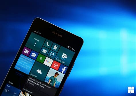 windows mobile editorial an improved continuum experience and holograms