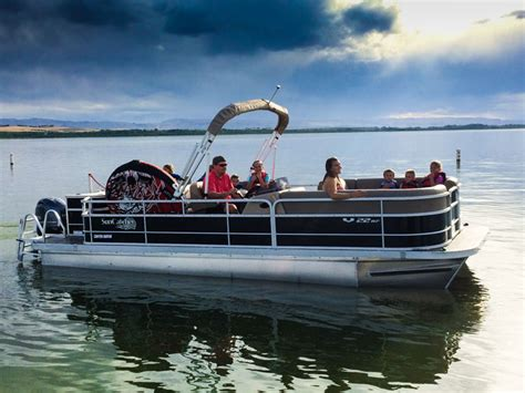 fast old boat average pontoon boat speeds with 15 exles