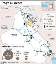 map of iraqi fields iraqi workers return after fields retaken from kurds
