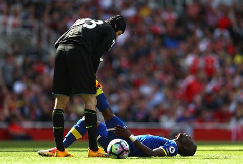 arsenal vs everton enner valencia photos photos arsenal v everton premier
