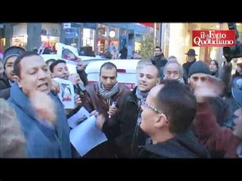 consolato libico libia la protesta davanti al consolato di