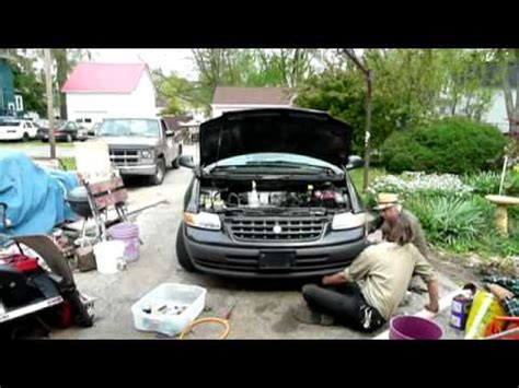 how it works cars 2000 chrysler voyager spare parts catalogs 2000 chrysler grand voyager se radiator replacement part 2 youtube