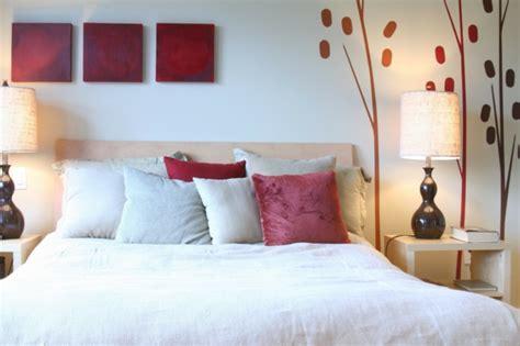 wohnzimmer rot beige