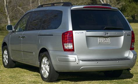 Kia Sedona Vs Hyundai Entourage Hyundai Entourage Reviews Hyundai Entourage Price