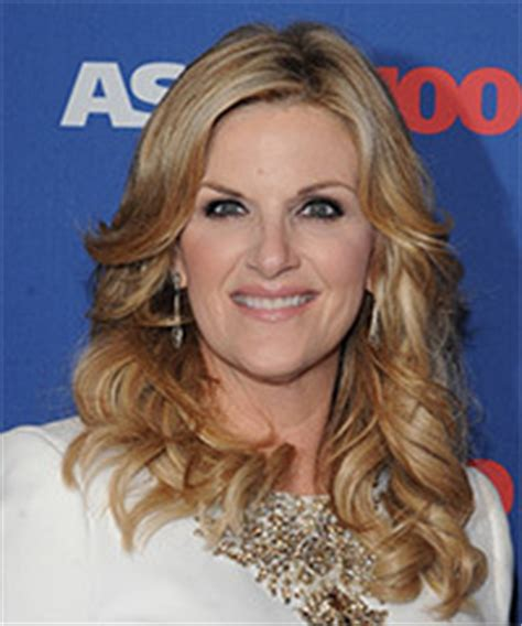 trisha yearwood short shaggy hairstyle male female celebrity hairstyles and hair cut photos