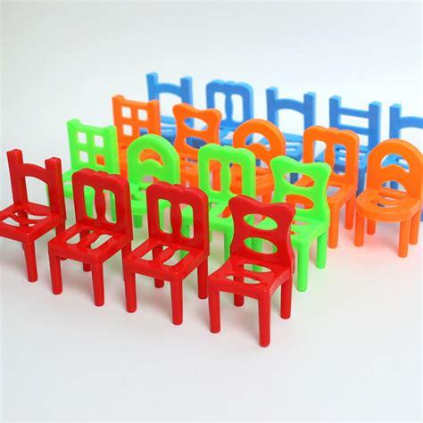 mainan tumpuk kursi keseimbangan multi color