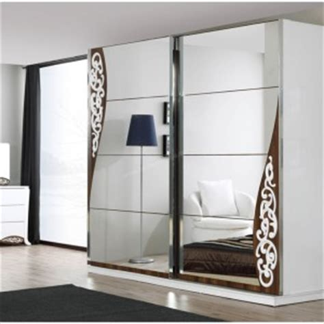 Wardrobe Designs With Mirror For Bedroom Grey Bedroom Mirror Wardrobe Design For 2014 Wardrobe Models Mirrored Wardrobe