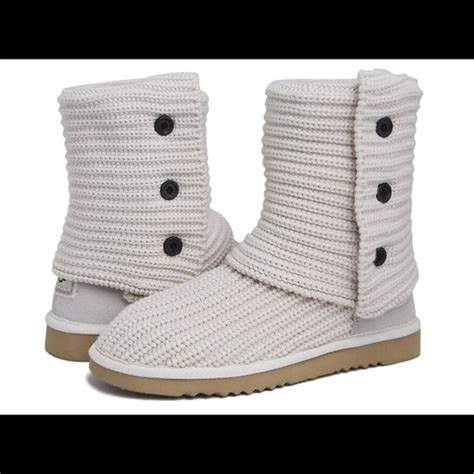 Cardy Pocket Fit To M 53 ugg shoes euc ugg cardy classic knit boot white