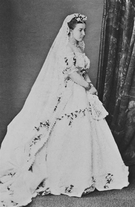hochzeitskleid prinzessin victoria wedding dress of princess helena wikipedia