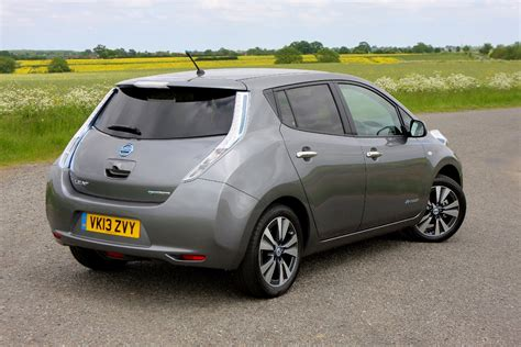 Nissan Leaf 2020 Uk by Parkers Review Nissan Leaf 2018 2019 2020 Ford