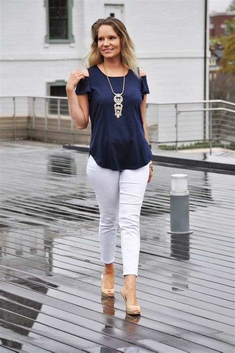 Janey Top Navy Navy navy top trunk up